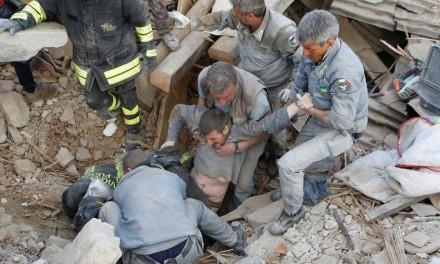 Το μυαλό όλων μας στους γείτονες, που δοκιμάζονται από το σεισμό