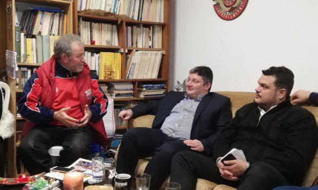 Συνάντηση με συλλόγους του Κόκκινου Μύλου είχε ο Μιχάλης Βρεττός