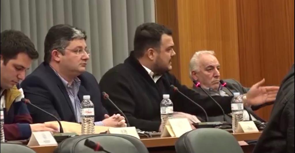 Μήνυση στον Δήμαρχο Κασσαβό από τον Μιχάλη Βρεττό (βίντεο)
